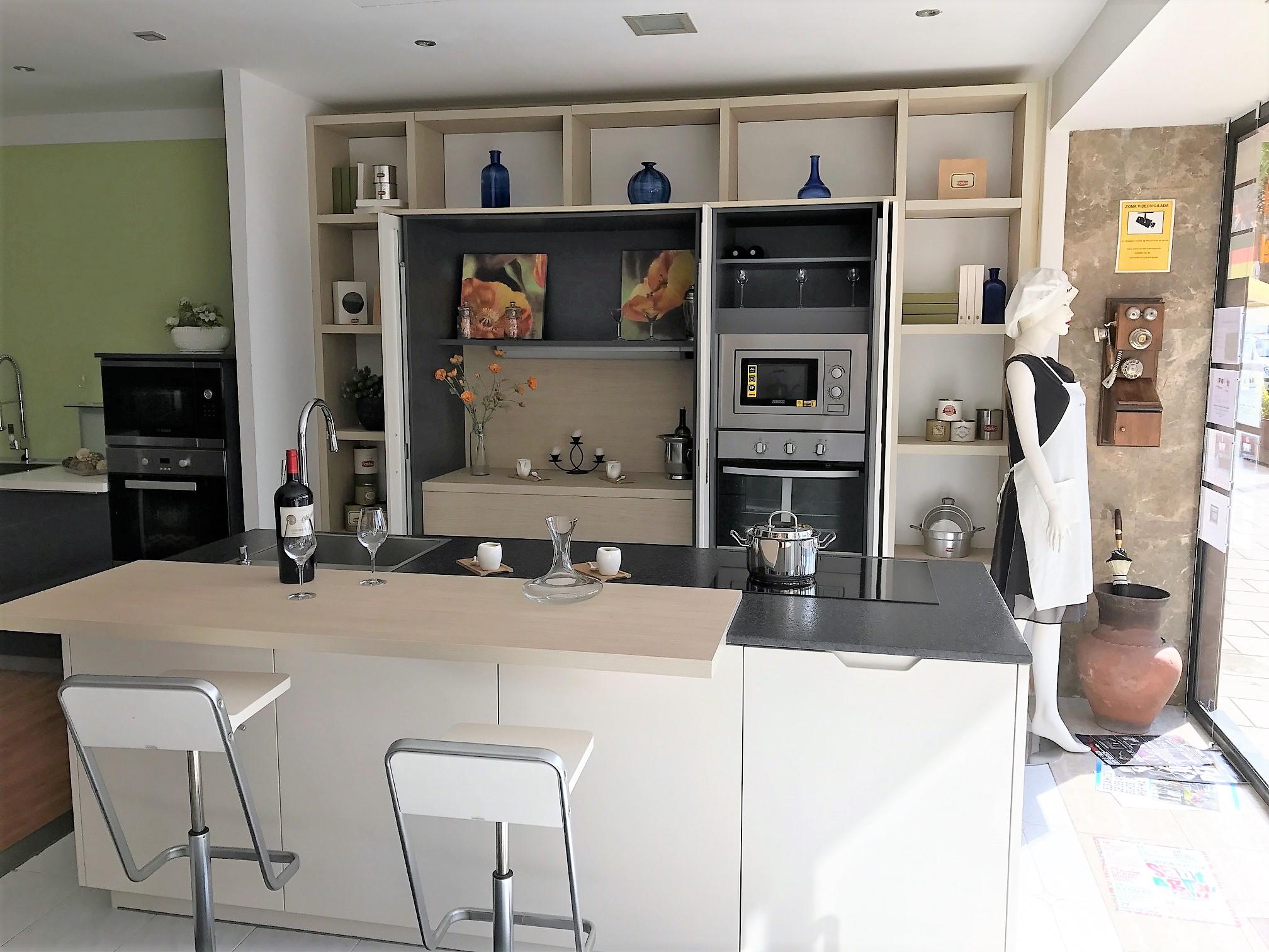 Puertas Plegables Para Cocina Affordable Excellent Y Accesorios  # Muebles Hermanos Seoane