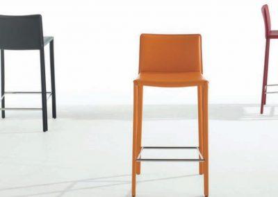mesas y sillas (1)